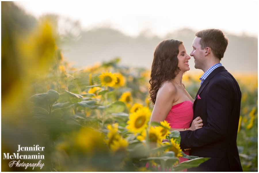 12-BlumWilliams_0344-0080_JenniferMcMenaminPhotography_sunflowers_engagement-photos_DC_Baltimore