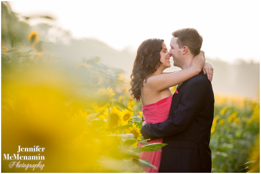 14-BlumWilliams_0356-0086_JenniferMcMenaminPhotography_sunflowers_engagement-photos_DC_Baltimore