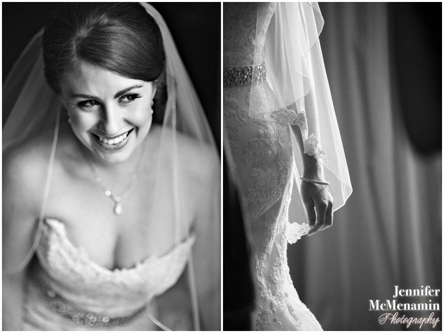 021-WeaverEisenscher_00569bw-0136_JenniferMcMenaminPhotography_GeorgePeabodyLibrary_BaltimoreWeddingPhotography