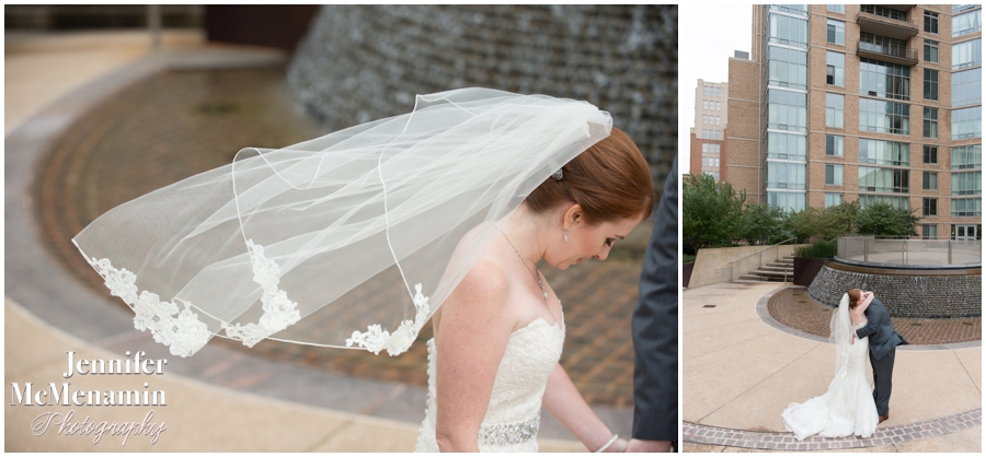 028-WeaverEisenscher_00726-0178_JenniferMcMenaminPhotography_GeorgePeabodyLibrary_BaltimoreWeddingPhotography