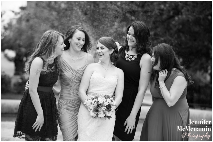 043-WeaverEisenscher_01282-0282_JenniferMcMenaminPhotography_GeorgePeabodyLibrary_BaltimoreWeddingPhotography