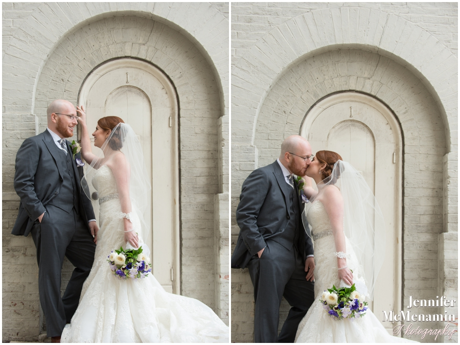 046-WeaverEisenscher_01390-0304_JenniferMcMenaminPhotography_GeorgePeabodyLibrary_BaltimoreWeddingPhotography
