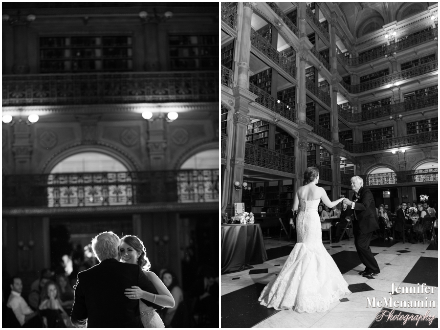 092-WeaverEisenscher_02695bw-0641_JenniferMcMenaminPhotography_GeorgePeabodyLibrary_BaltimoreWeddingPhotography