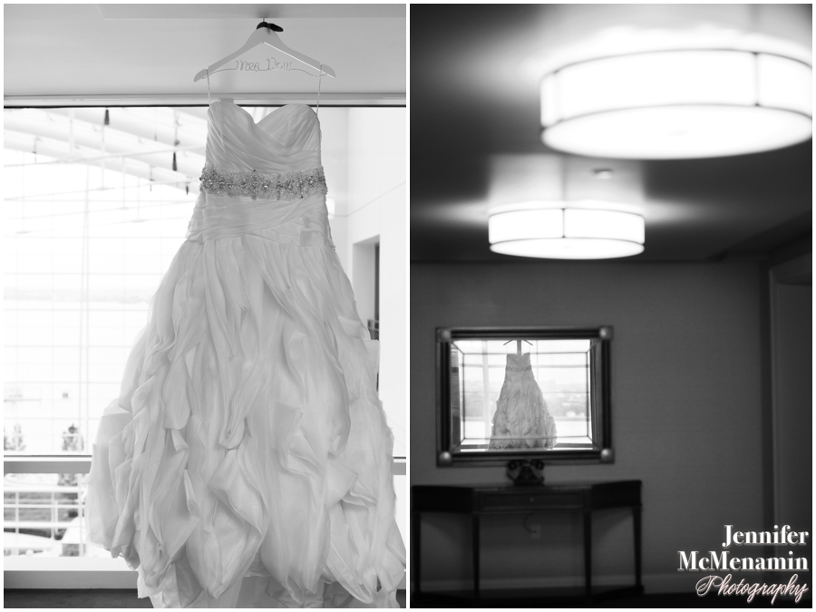 002-WilsonDow_00014bw-0004_JenniferMcMenaminPhotography_NewtonWhiteMansion_WashingtonDCWeddingPhotography