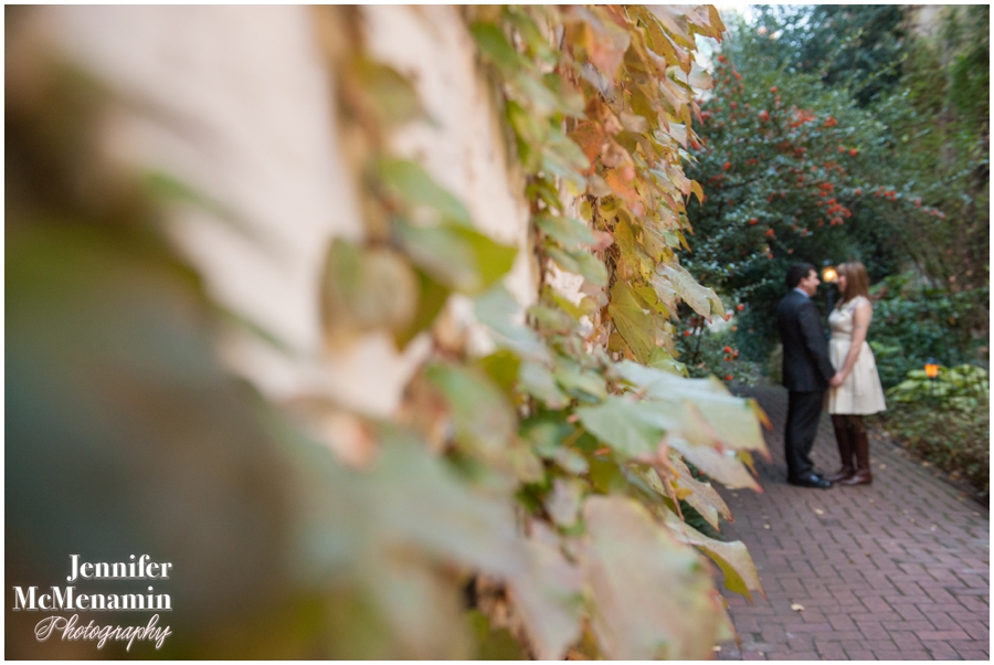 020-MackWardIacovino_0469-0136_JenniferMcMenaminPhotography_Chase-Court_Baltimore-Elopement_Baltimore-Wedding-Photography