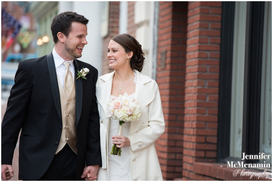 12-MaynardUzupus_00135-0040_JenniferMcMenaminPhotography_Baltimore-Wedding-Photography_Maryland-Wedding-Photography
