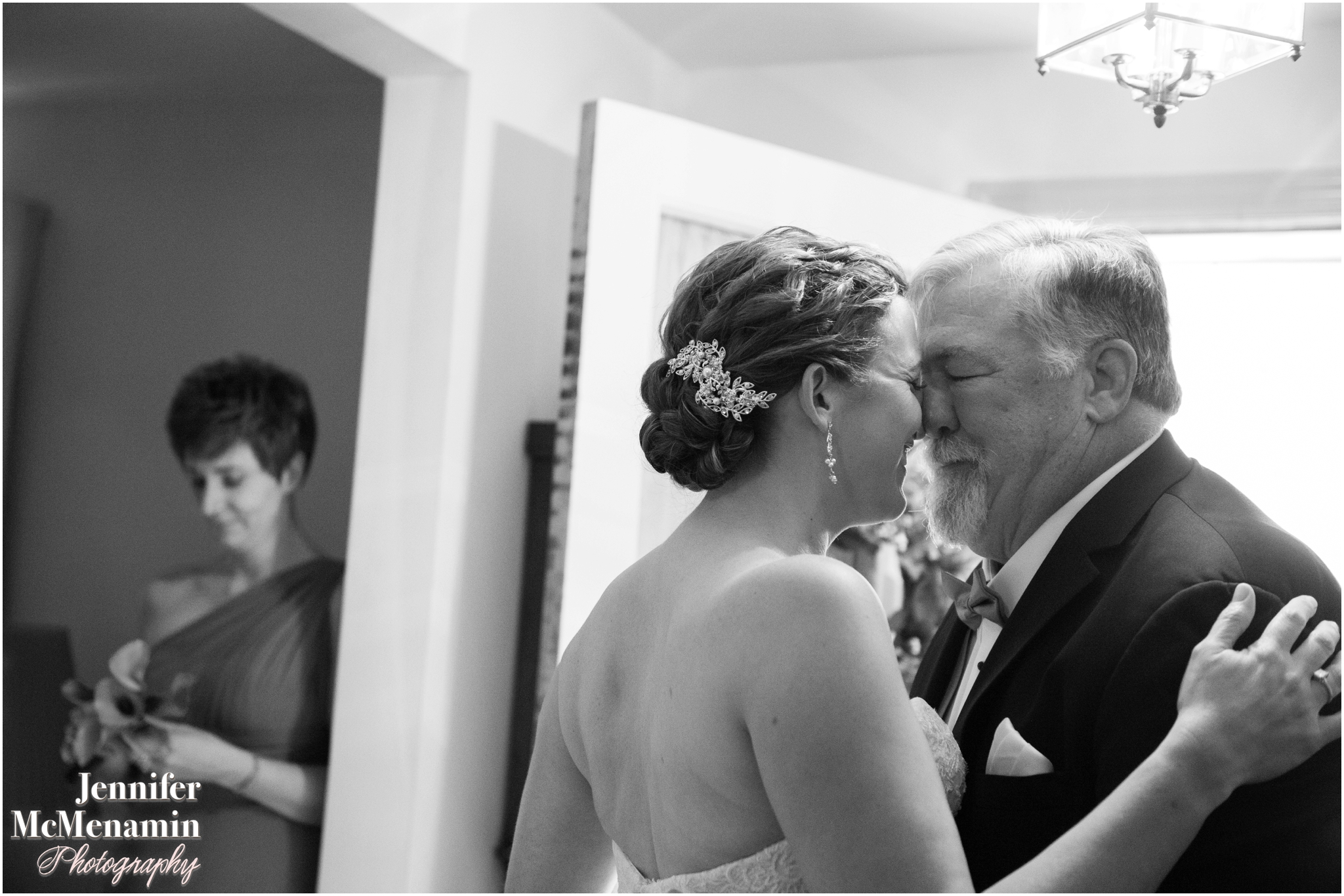 022-HenningMiller_00758bw-0140_JenniferMcMenaminPhotography_Evergreen-Museum-And-Carriage-House_Evergreen-wedding_Baltimore-wedding-photographer_Baltimore-wedding-photography