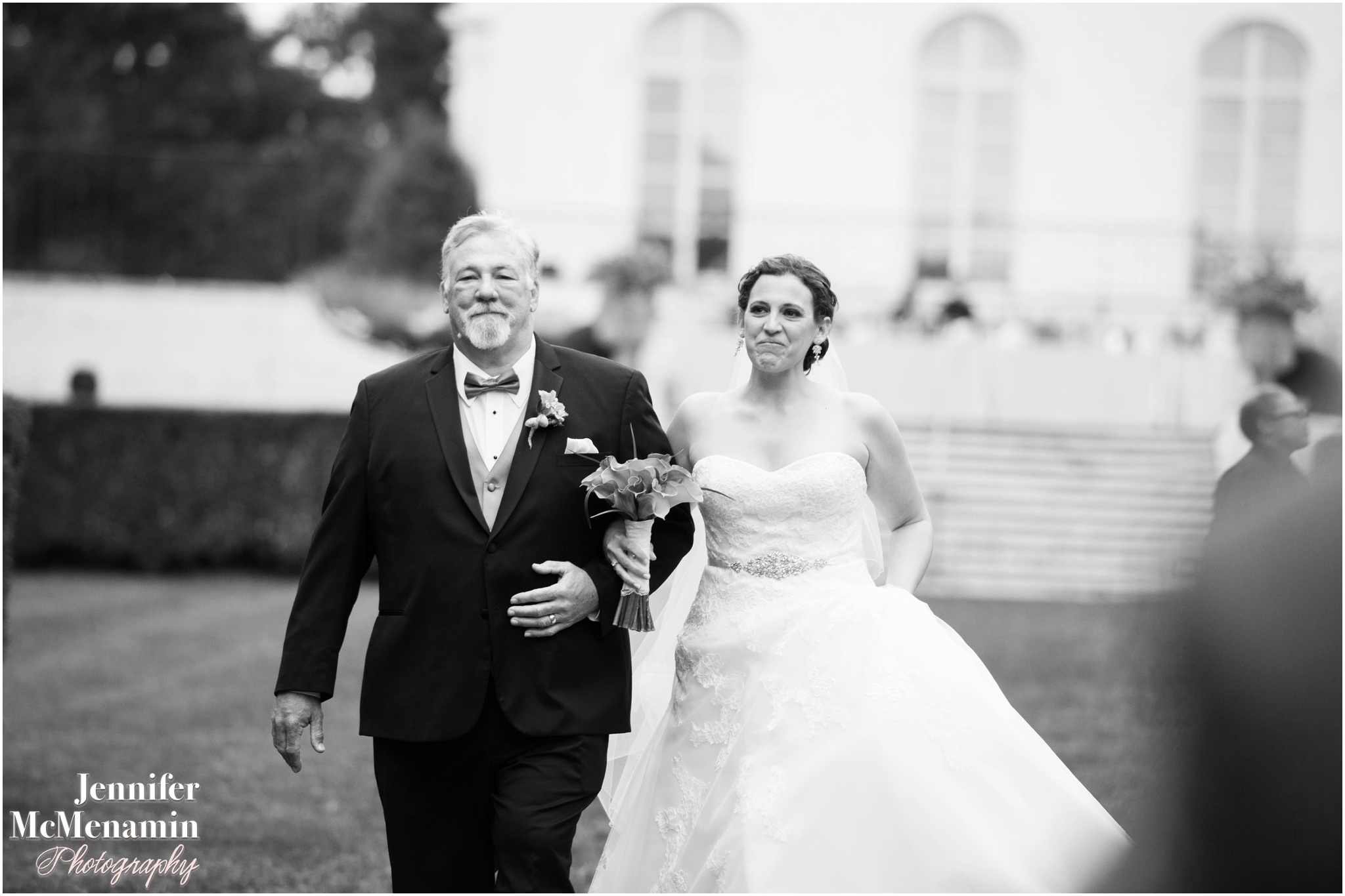 043-HenningMiller_01602bw-0329_JenniferMcMenaminPhotography_Evergreen-Museum-And-Carriage-House_Evergreen-wedding_Baltimore-wedding-photographer_Baltimore-wedding-photography