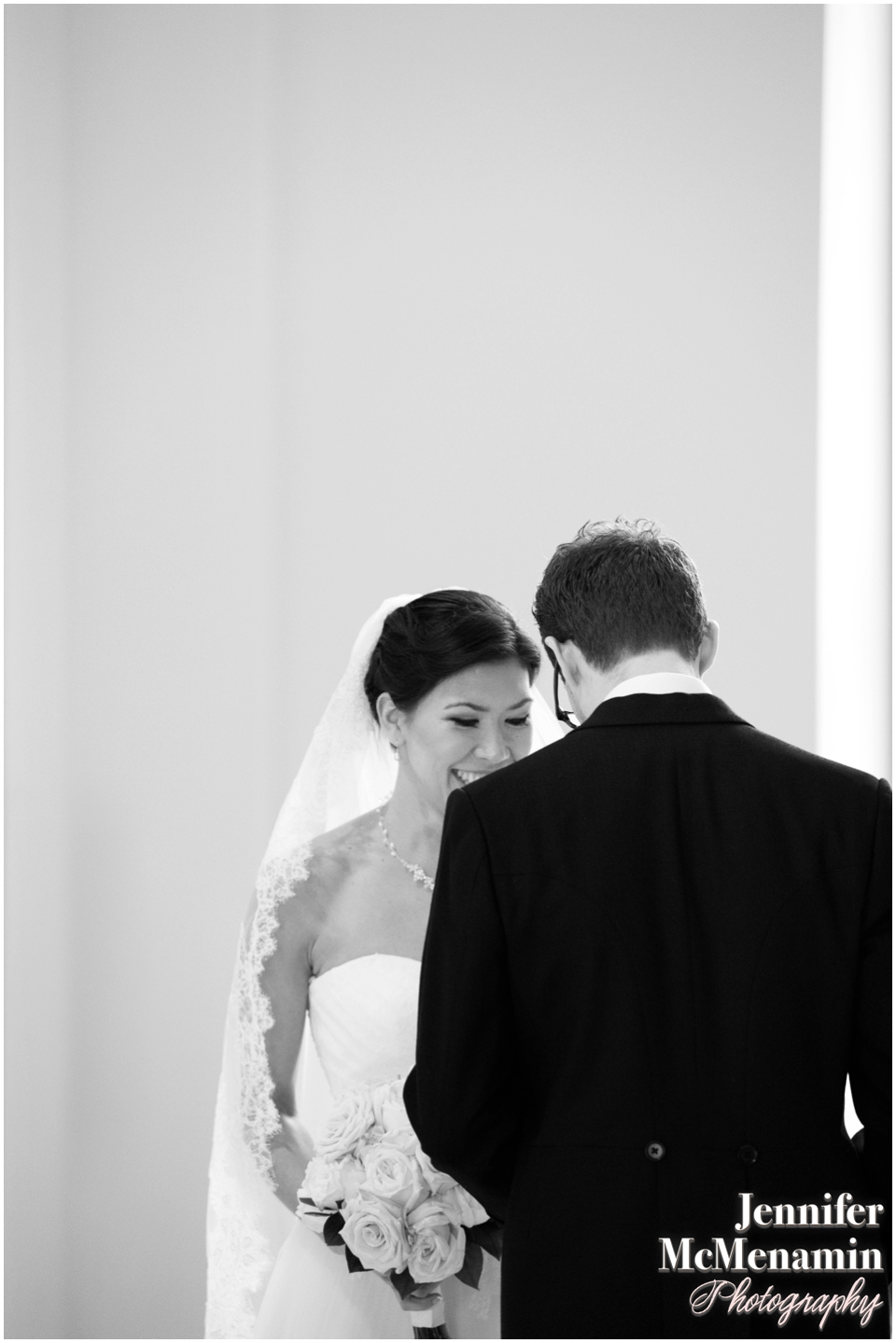 35-Baltimore-Basilica-wedding-portraits