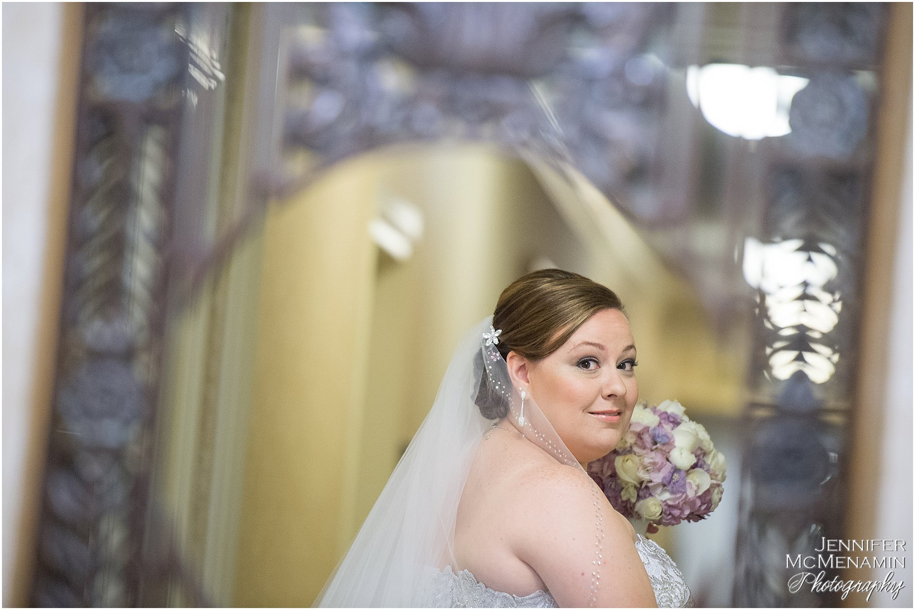 005-KinzlerShaull_00786_Jennifer-McMenamin-Photography-Peabody-Library-wedding