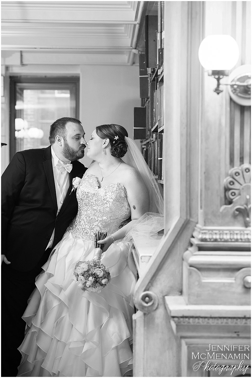 010-KinzlerShaull_01218bw_Jennifer-McMenamin-Photography-Peabody-Library-wedding