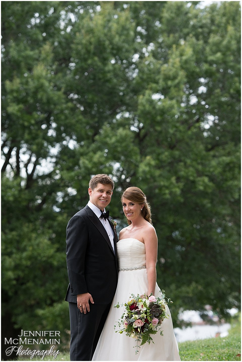005-BergeronBarker_00222_Jennifer-McMenamin-Photography-AVAM-wedding-Baltimore-wedding-photographer