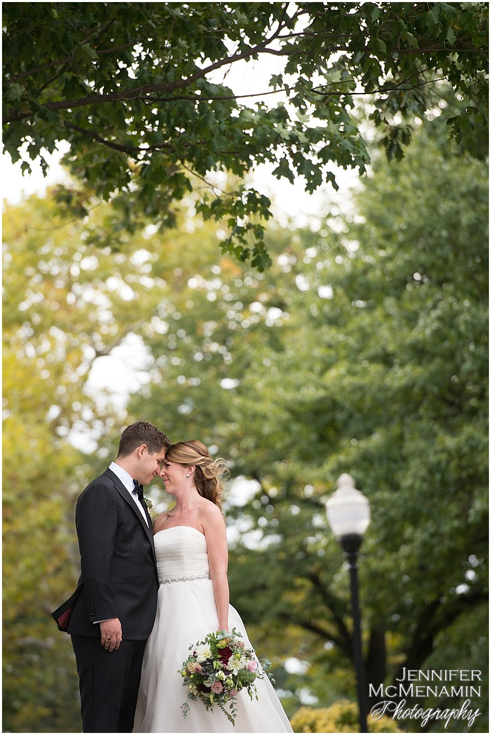 011-BergeronBarker_00658_Jennifer-McMenamin-Photography-AVAM-wedding-Baltimore-wedding-photographer