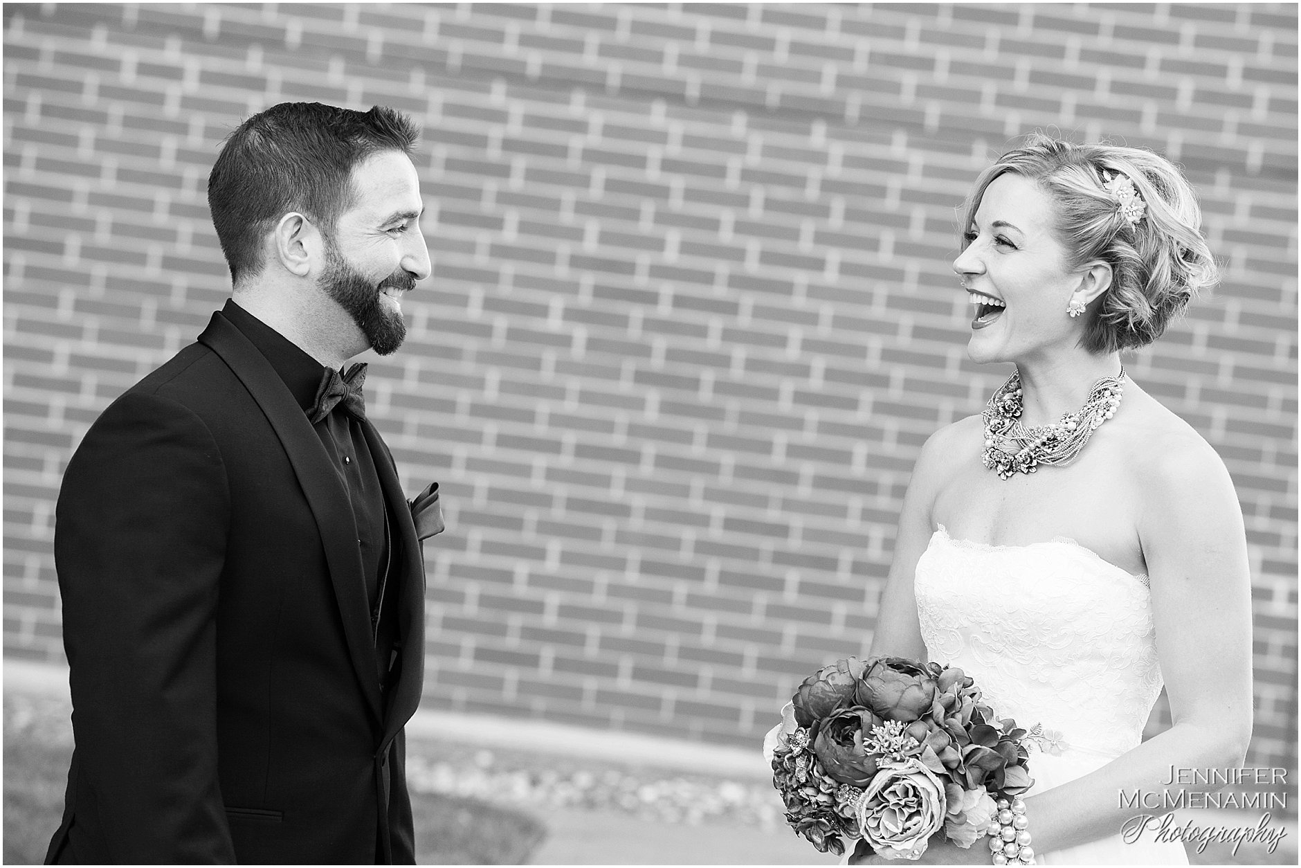 004-MorrisPustilnik_00072bw-0021_Jennifer-McMenamin-Photography-Royal-Sonesta-Harbor-Court-Hotel-wedding-Baltimore-wedding-photographer