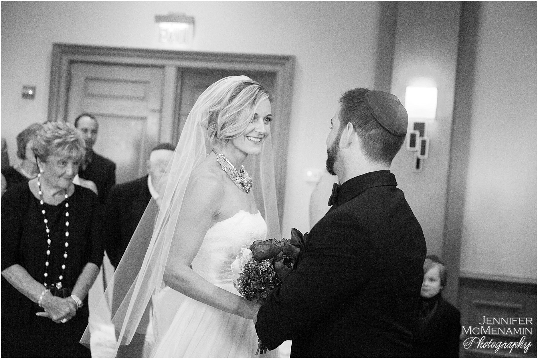 030-MorrisPustilnik_01654-0318_Jennifer-McMenamin-Photography-Royal-Sonesta-Harbor-Court-Hotel-wedding-Baltimore-wedding-photographer