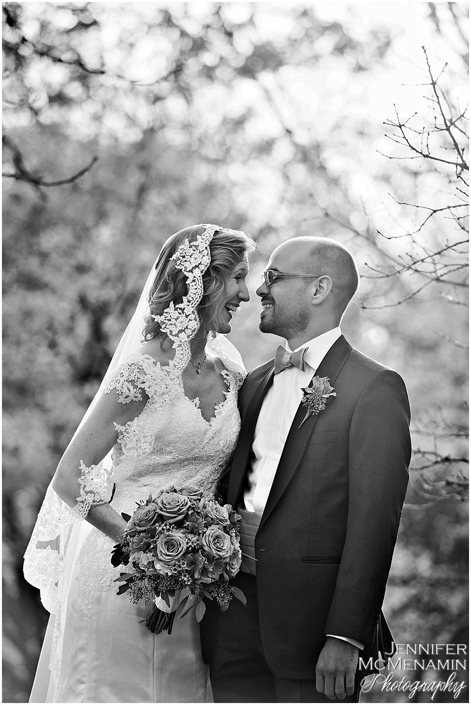 06_MumbauerDouglas_00540bw_Jennifer-McMenamin-Photography-Baltimore-Zoo-wedding