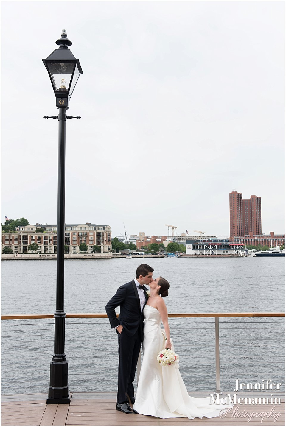 009-Jennifer-McMenamin-Photography-Baltimore-Waterfront-Marriott-wedding_0021