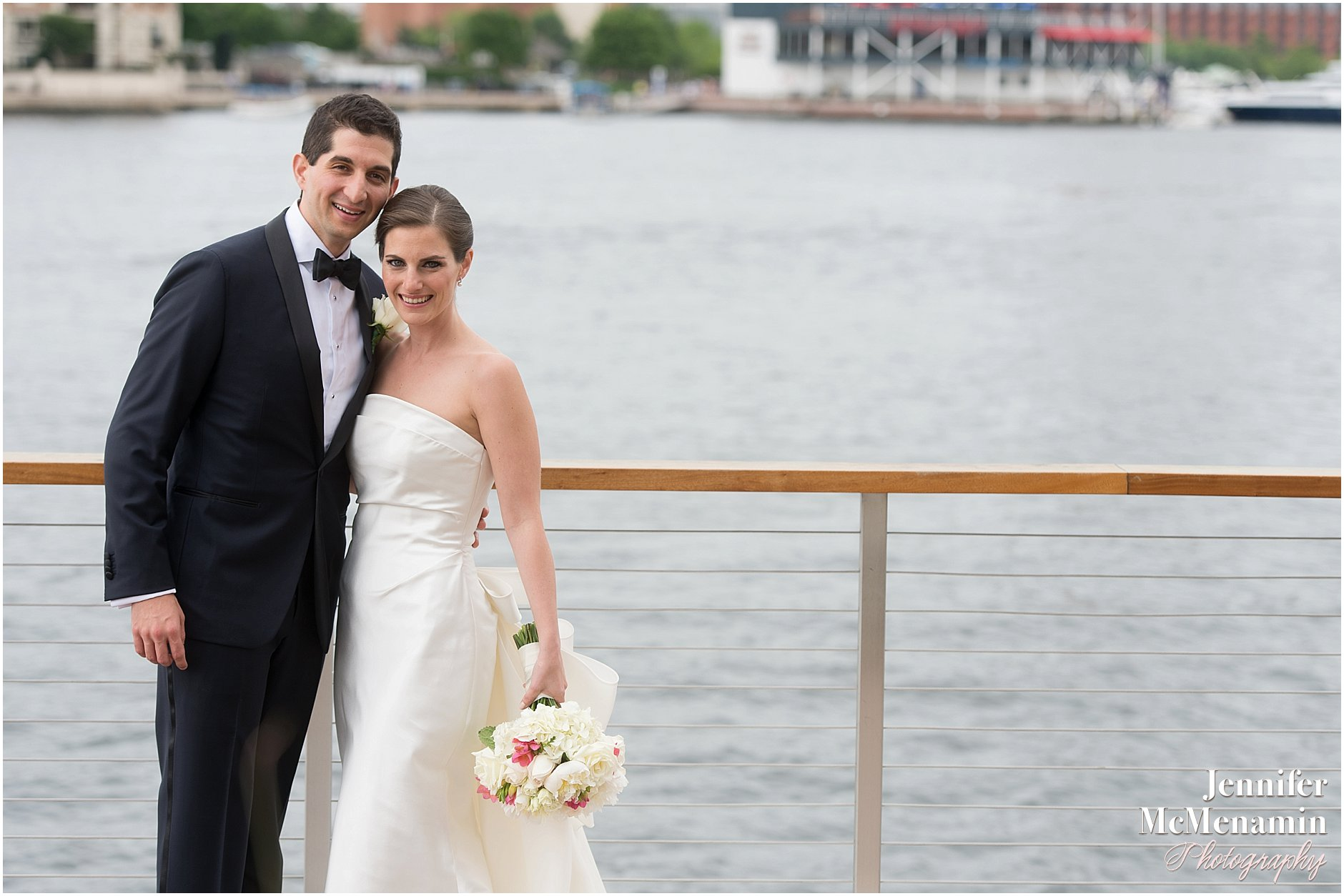 012-Jennifer-McMenamin-Photography-Baltimore-Waterfront-Marriott-wedding_0007