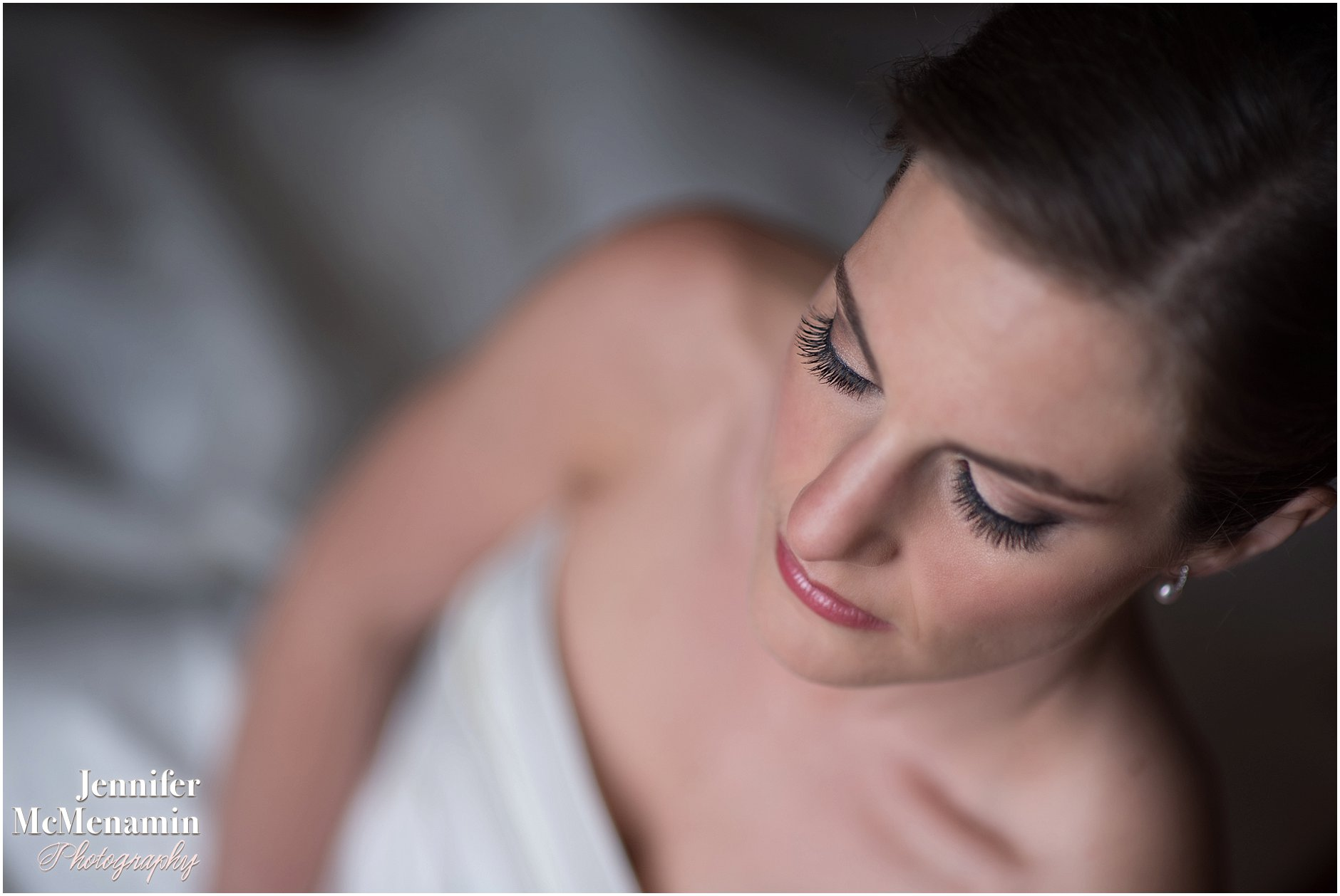019-Jennifer-McMenamin-Photography-Baltimore-Waterfront-Marriott-wedding_0017