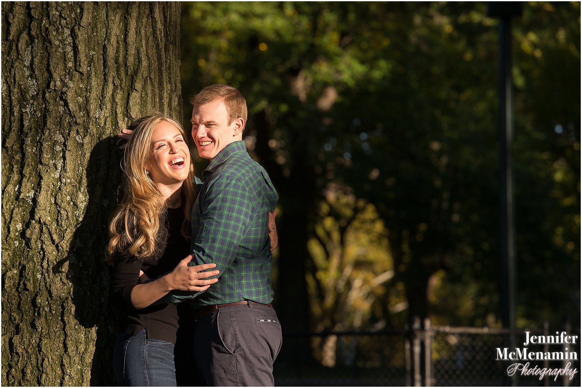006-jennifer-mcmenamin-photography-nyc-engagement-photos_0004