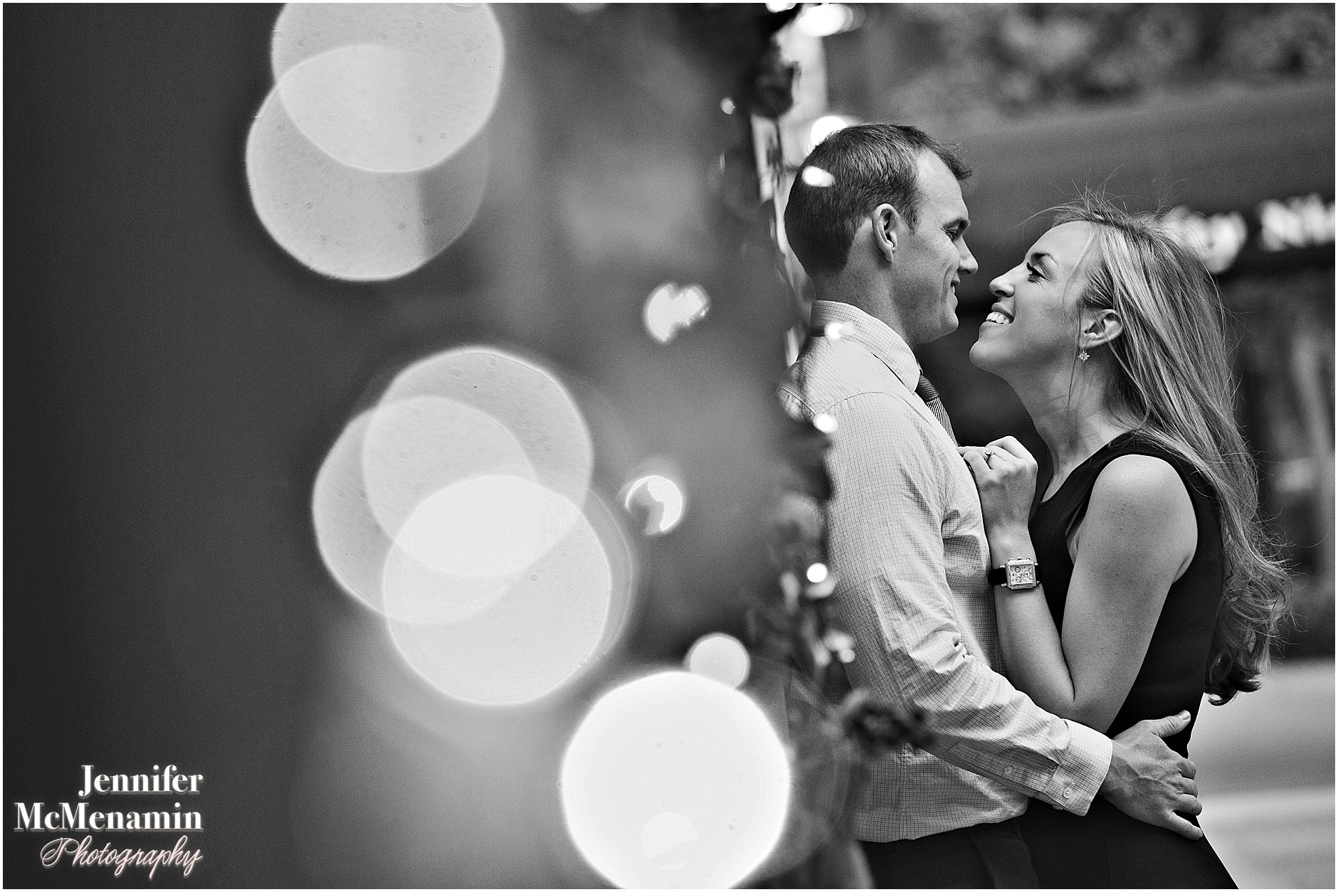 014-jennifer-mcmenamin-photography-nyc-engagement-photos_0012