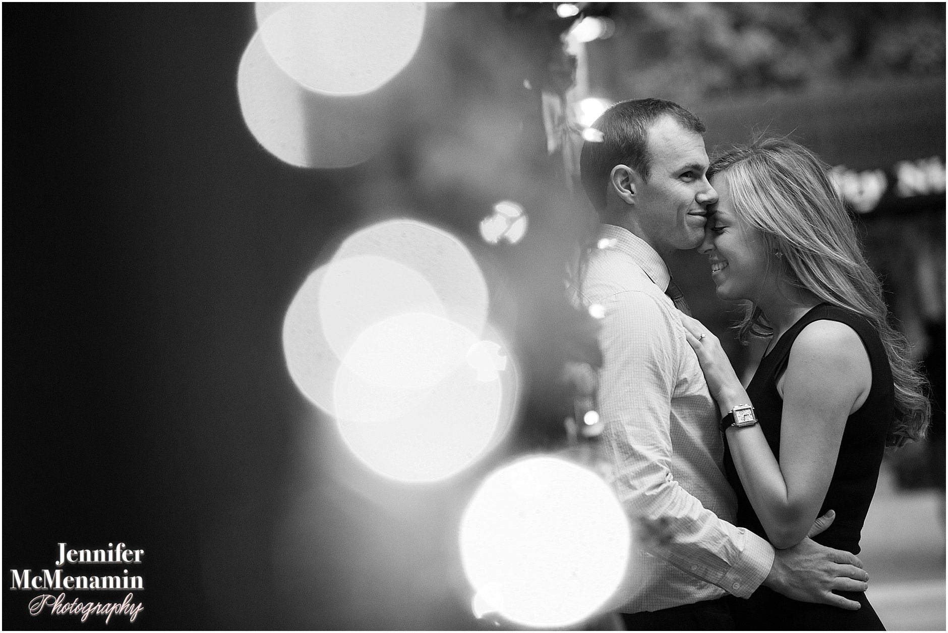 015-jennifer-mcmenamin-photography-nyc-engagement-photos_0013